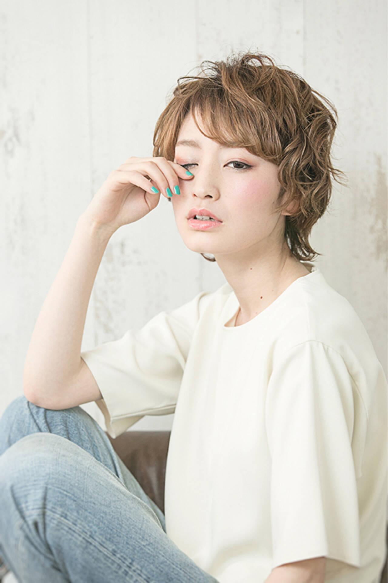 外国人風 パーマ 小顔 ゆるふわヘアスタイルや髪型の写真・画像