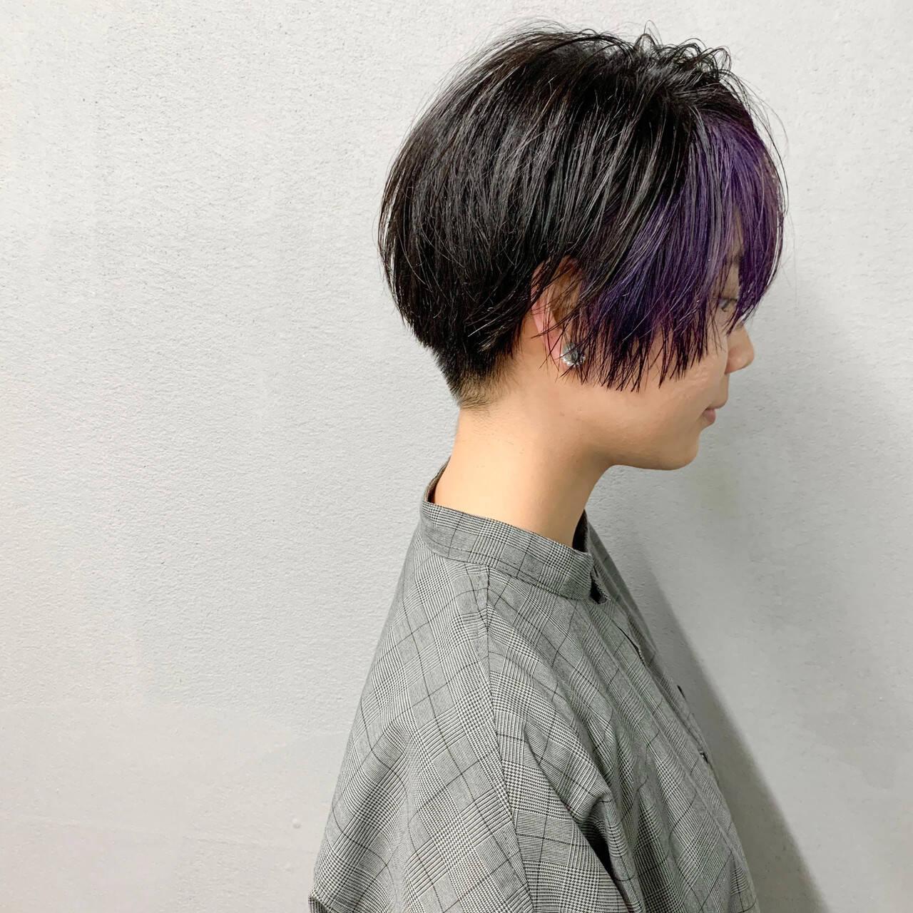 インナーカラー マッシュショート ストリート バイオレットカラーヘアスタイルや髪型の写真・画像
