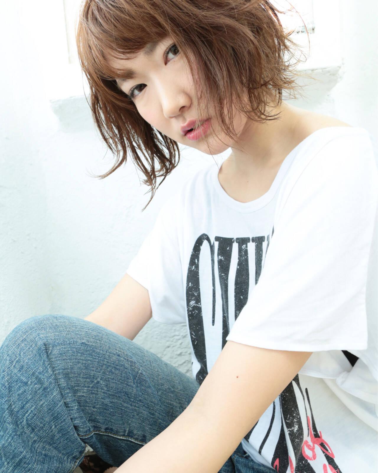 大人かわいい 外国人風 黒髪 パーマヘアスタイルや髪型の写真・画像