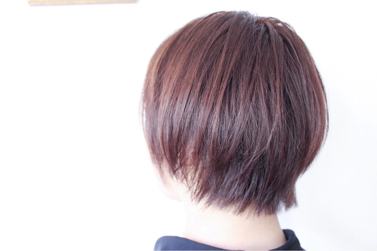 グレー ボブ パープル ナチュラルヘアスタイルや髪型の写真・画像