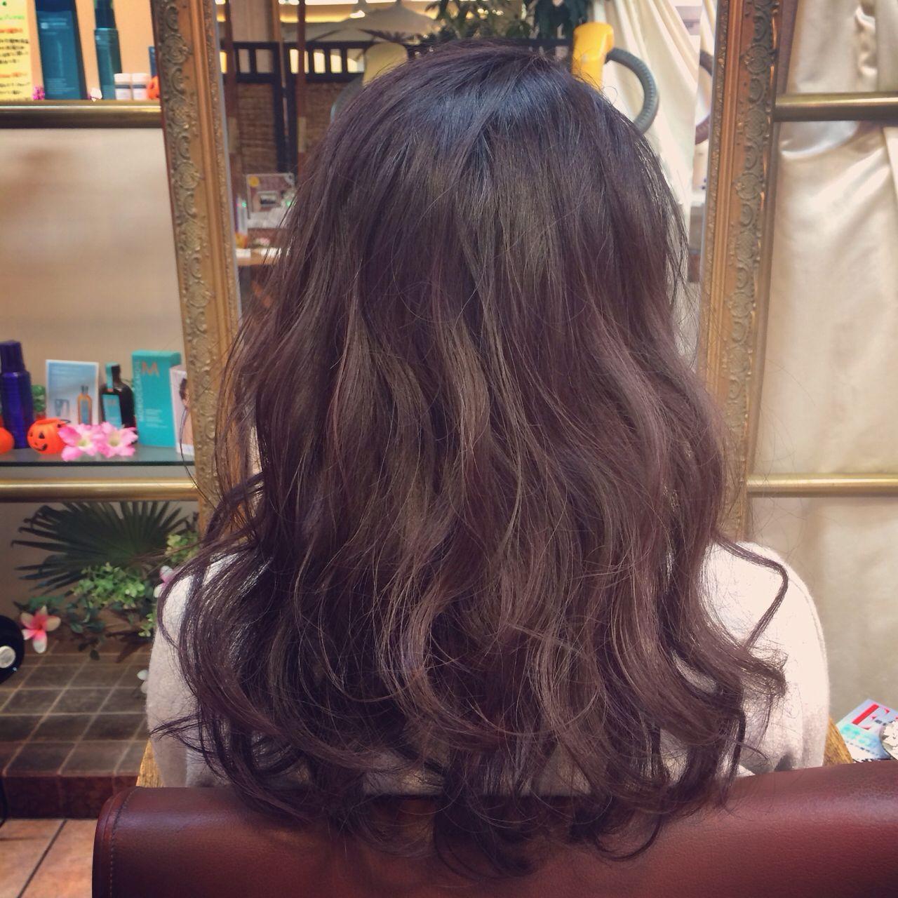 ミディアム グラデーションカラー ガーリー 外国人風ヘアスタイルや髪型の写真・画像