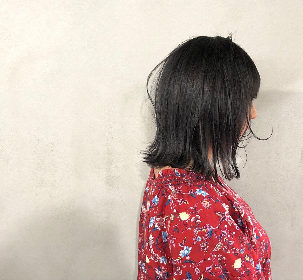 ナチュラル 外ハネ ボブ 切りっぱなしヘアスタイルや髪型の写真・画像
