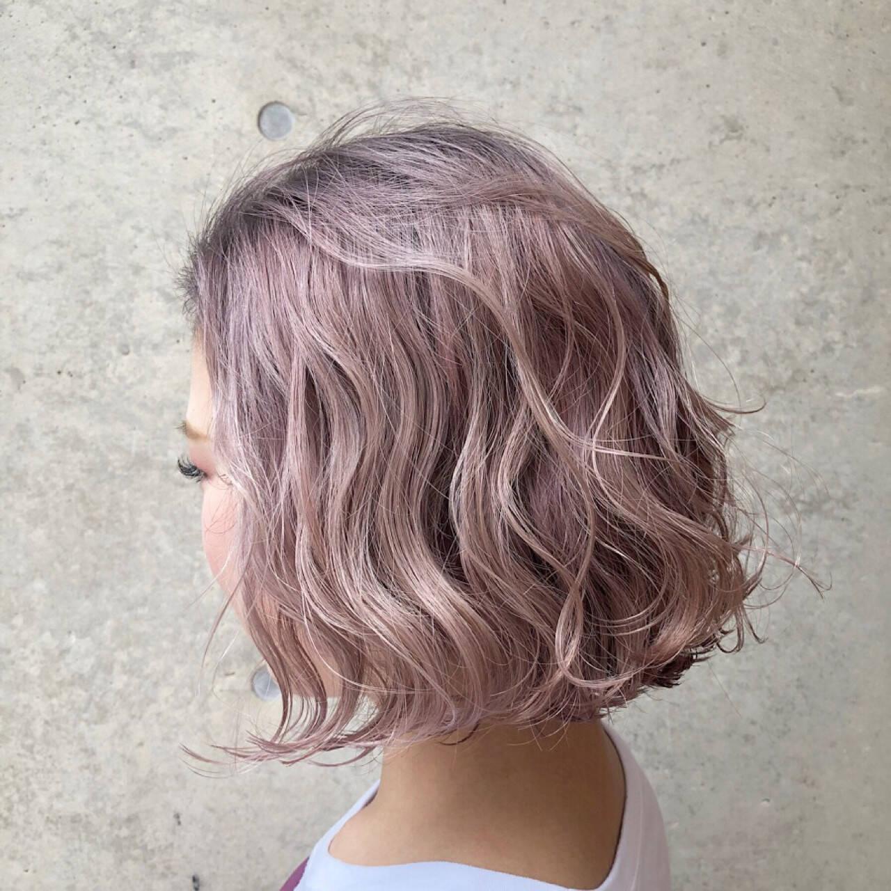 外国人風カラー ストリート ボブ ピンクヘアスタイルや髪型の写真・画像