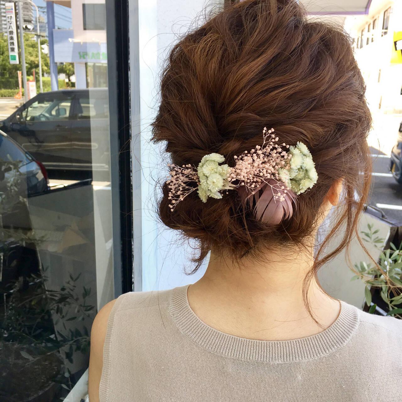 ミディアム 結婚式 まとめ髪 ヘアアレンジヘアスタイルや髪型の写真・画像
