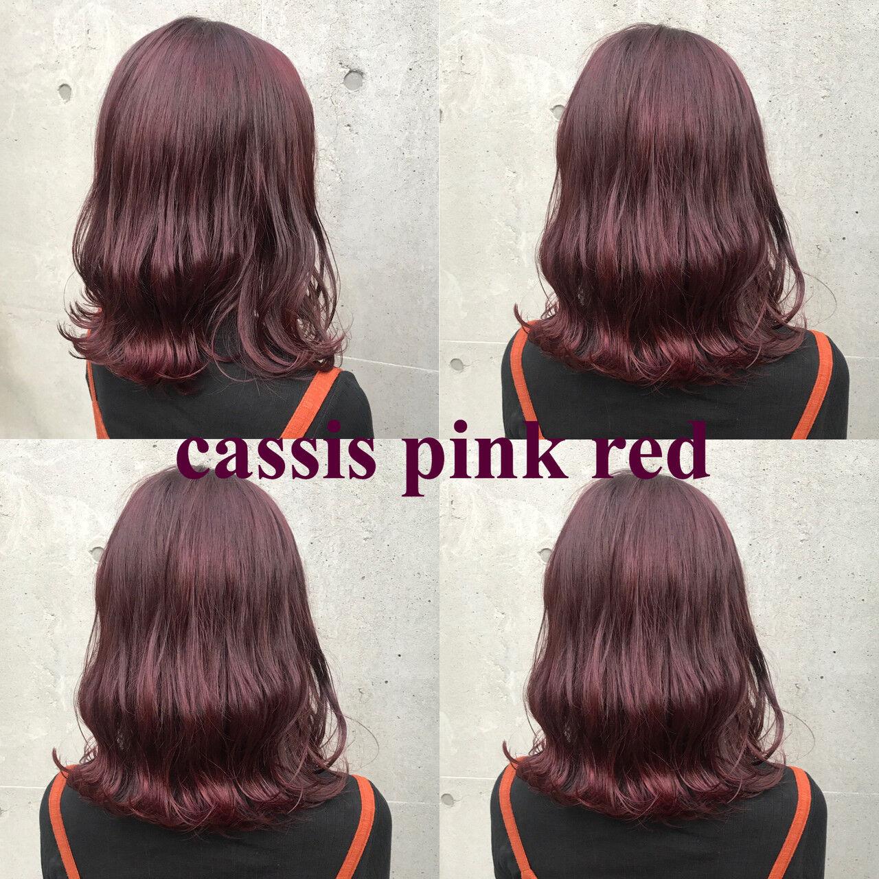 ミディアム ストリート ピンク レッドヘアスタイルや髪型の写真・画像
