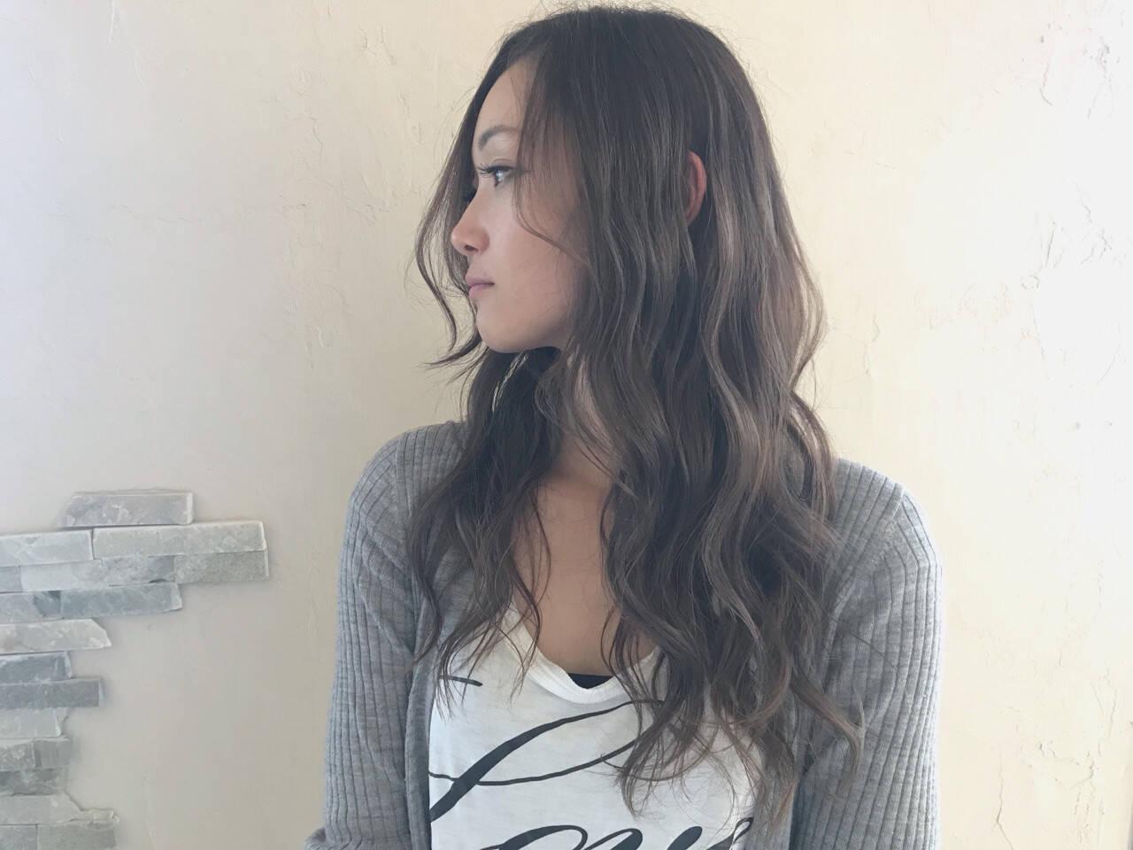 アンニュイ フェミニン 外国人風カラー ロングヘアスタイルや髪型の写真・画像