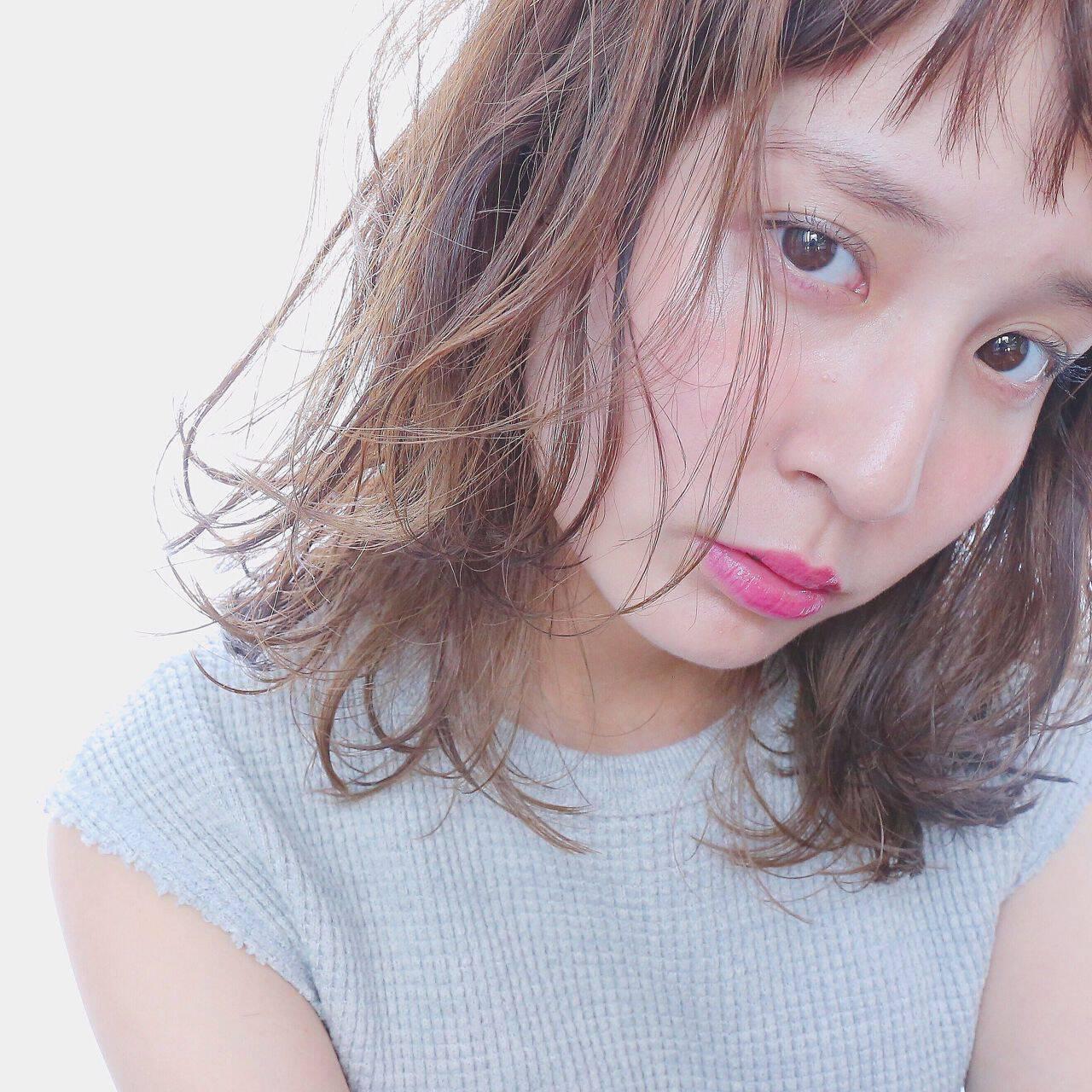ミディアム モテ髪 愛され 外国人風ヘアスタイルや髪型の写真・画像