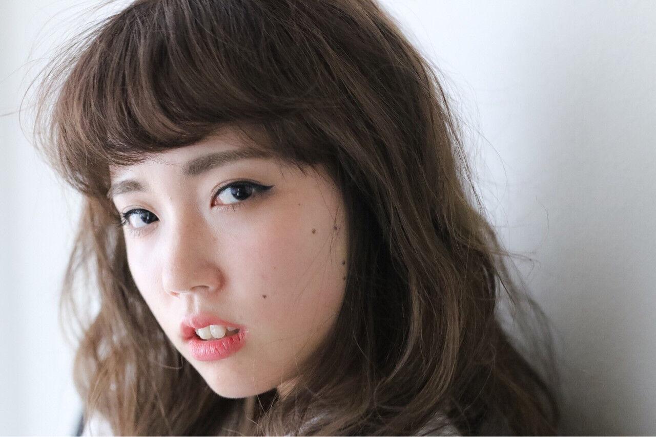 モード 暗髪 大人かわいい ゆるふわヘアスタイルや髪型の写真・画像