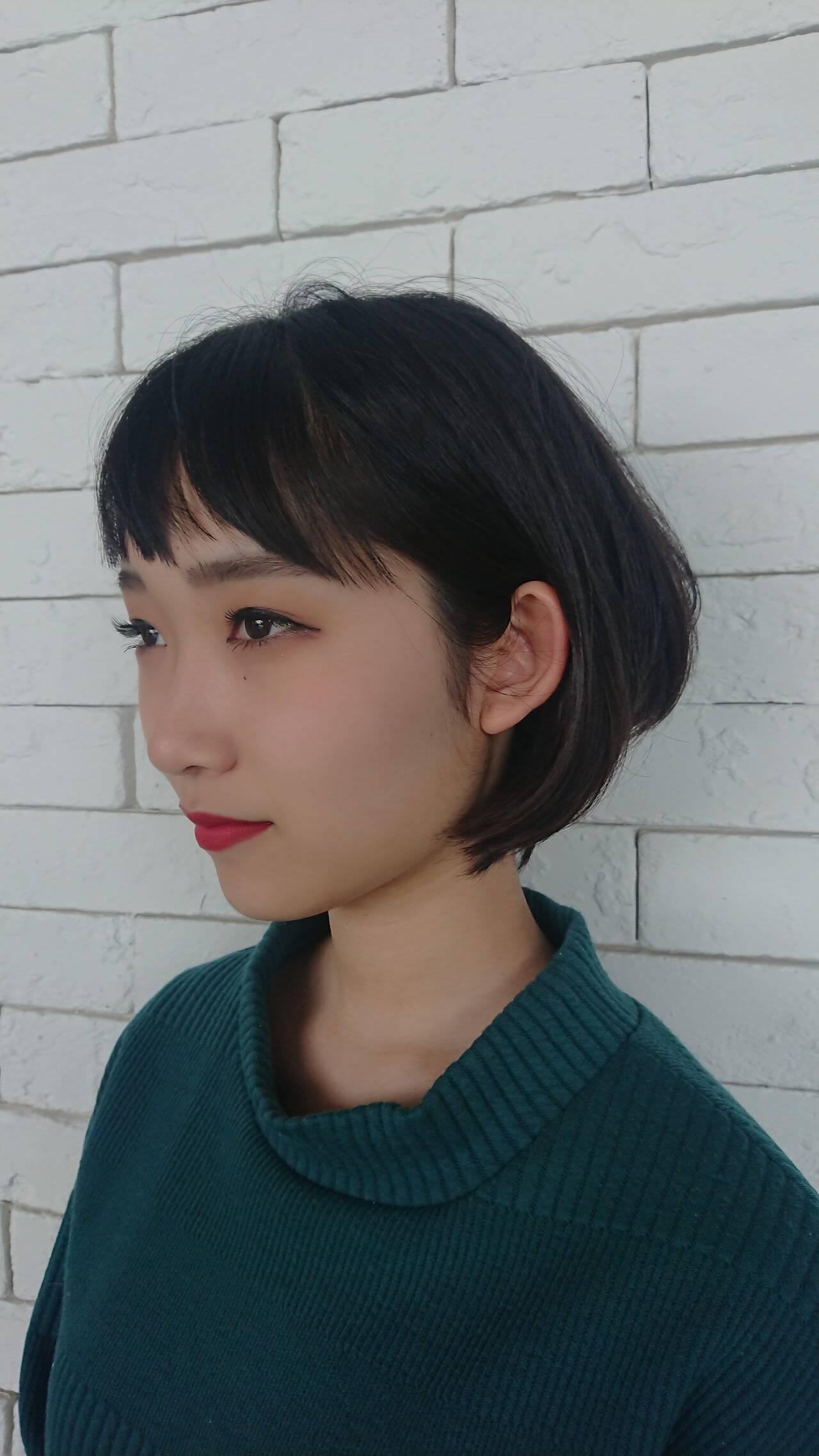 シースルーバング モード ショート ダブルバングヘアスタイルや髪型の写真・画像