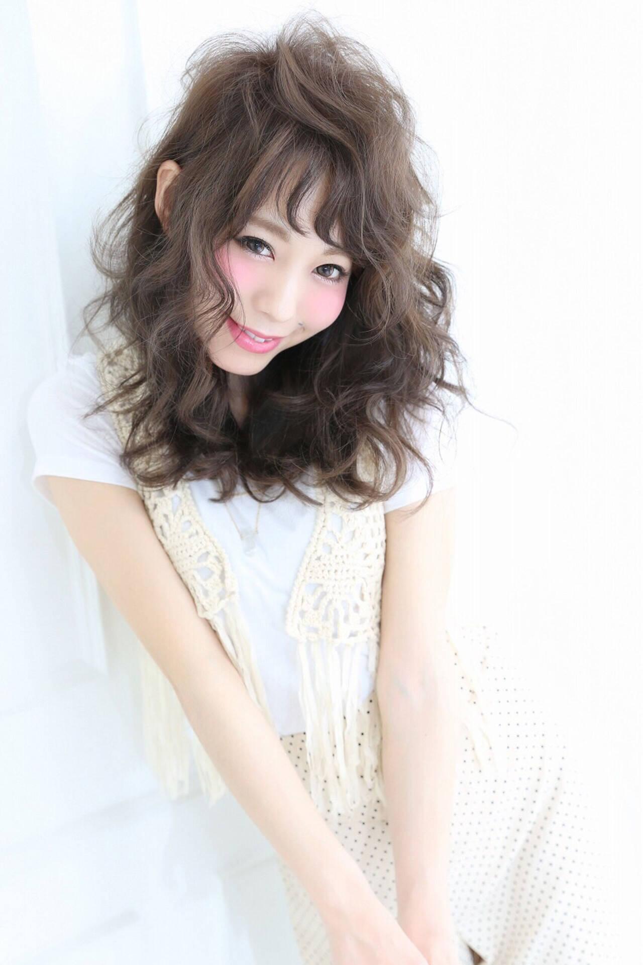 外国人風 アッシュ ガーリー フェミニンヘアスタイルや髪型の写真・画像
