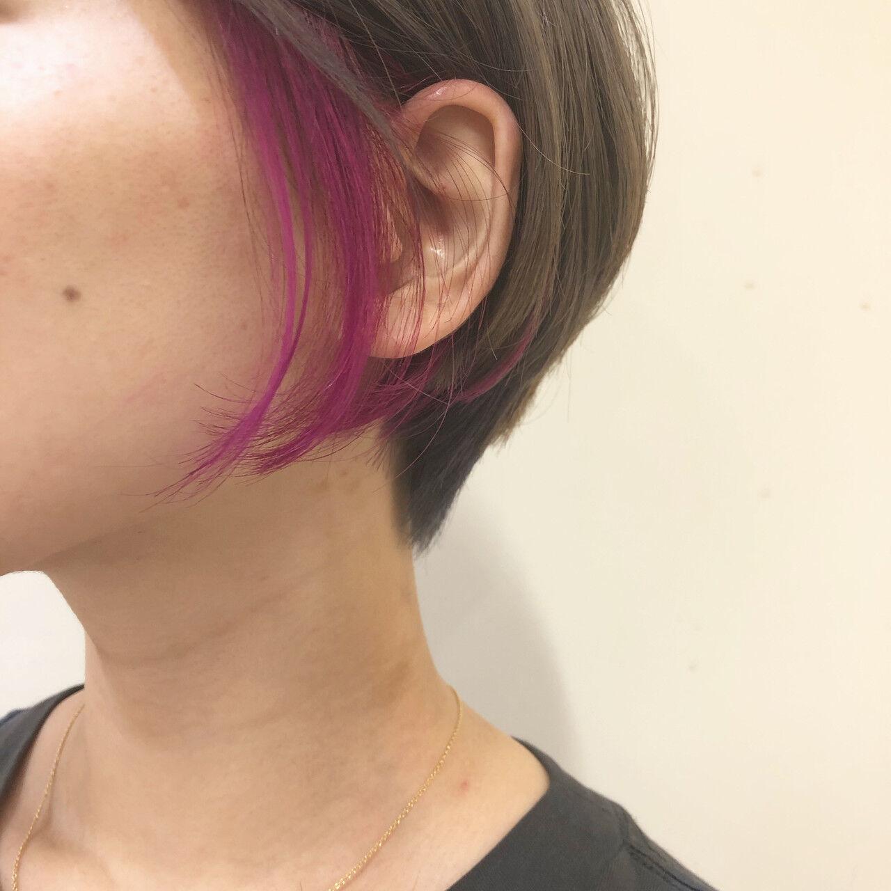 ガーリー グレージュ ショートヘア ショートボブヘアスタイルや髪型の写真・画像