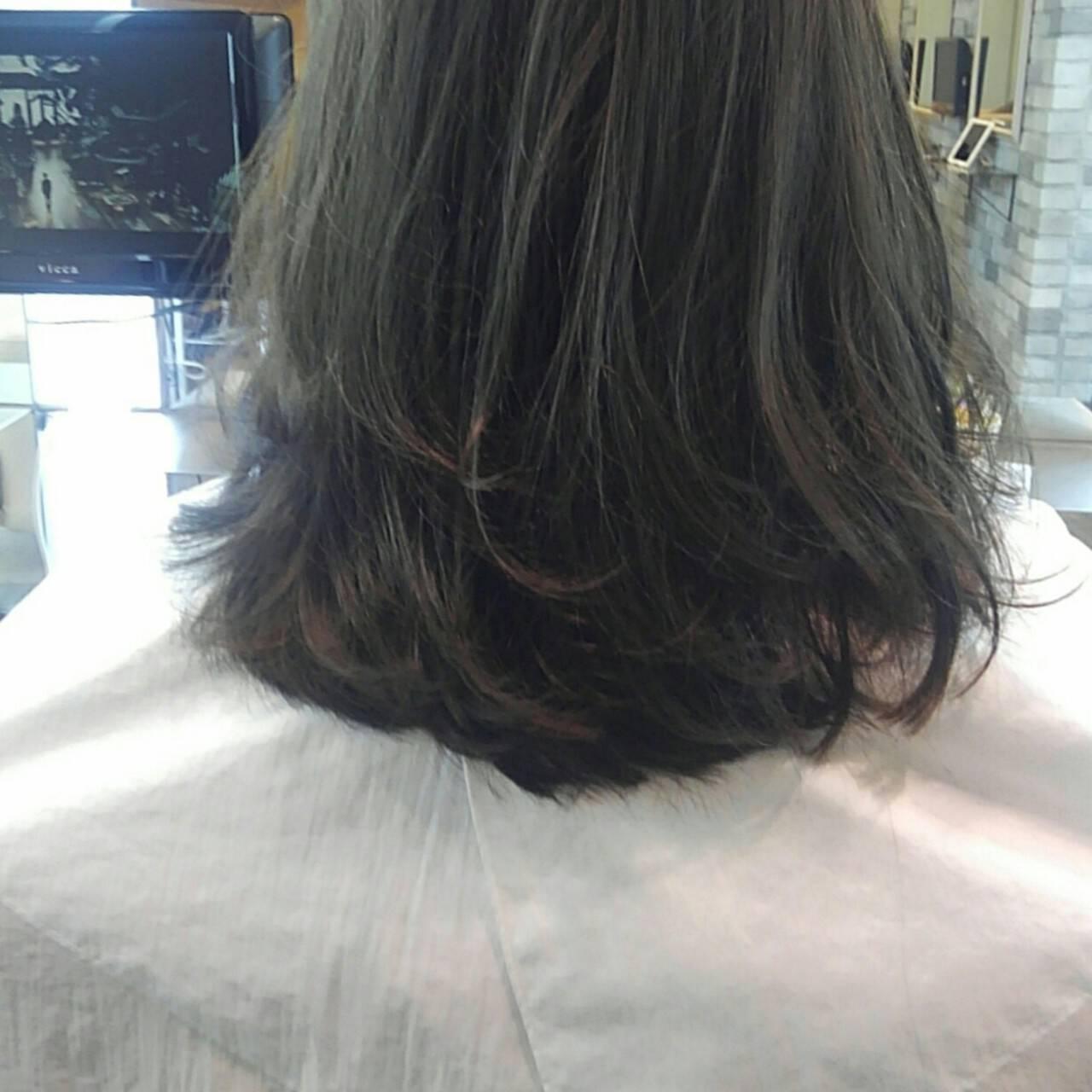 秋 リラックス セミロング ナチュラルヘアスタイルや髪型の写真・画像