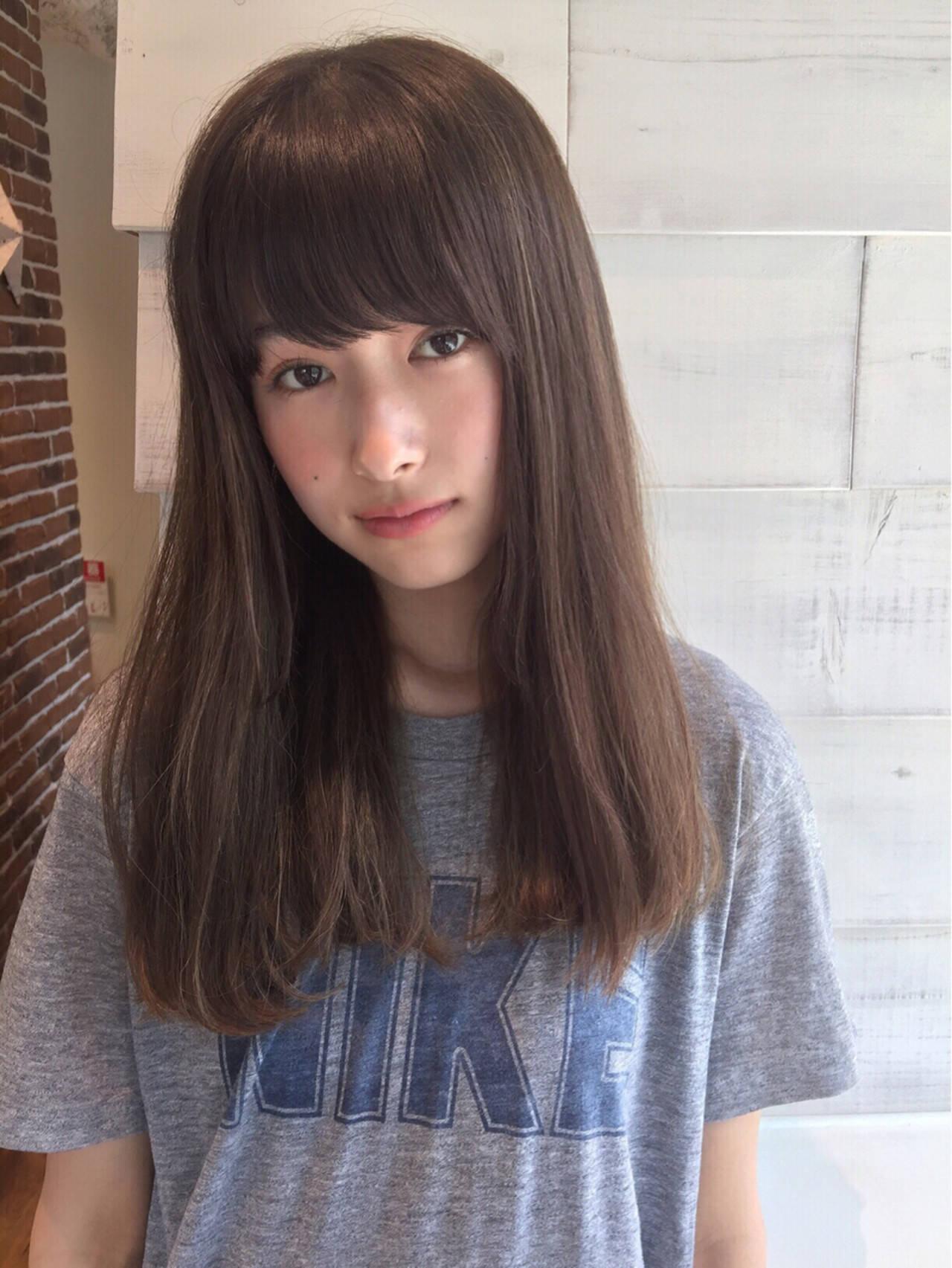 リラックス ヘアアレンジ ナチュラル ロングヘアスタイルや髪型の写真・画像