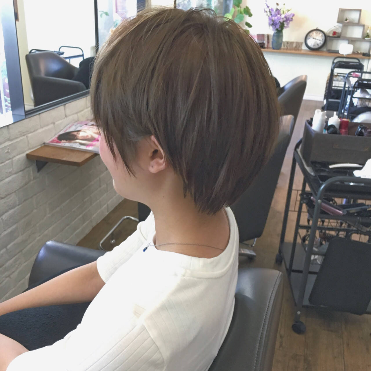 小顔 ショート リラックス 似合わせヘアスタイルや髪型の写真・画像