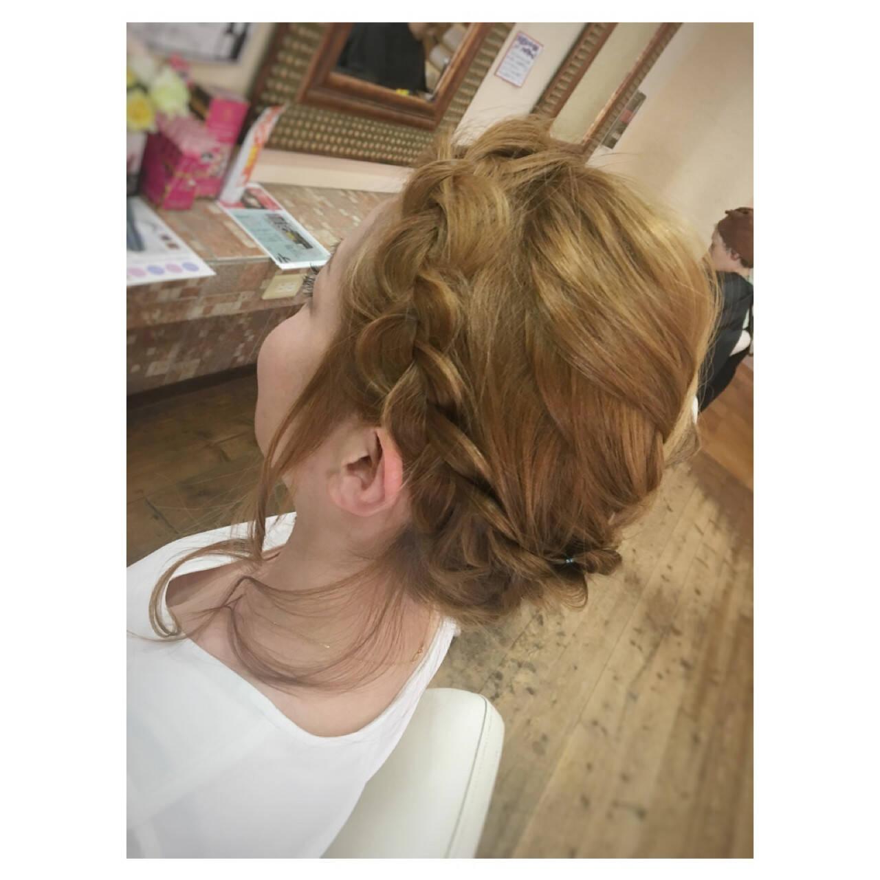 まとめ髪 ミディアム くるりんぱ ヘアアレンジヘアスタイルや髪型の写真・画像