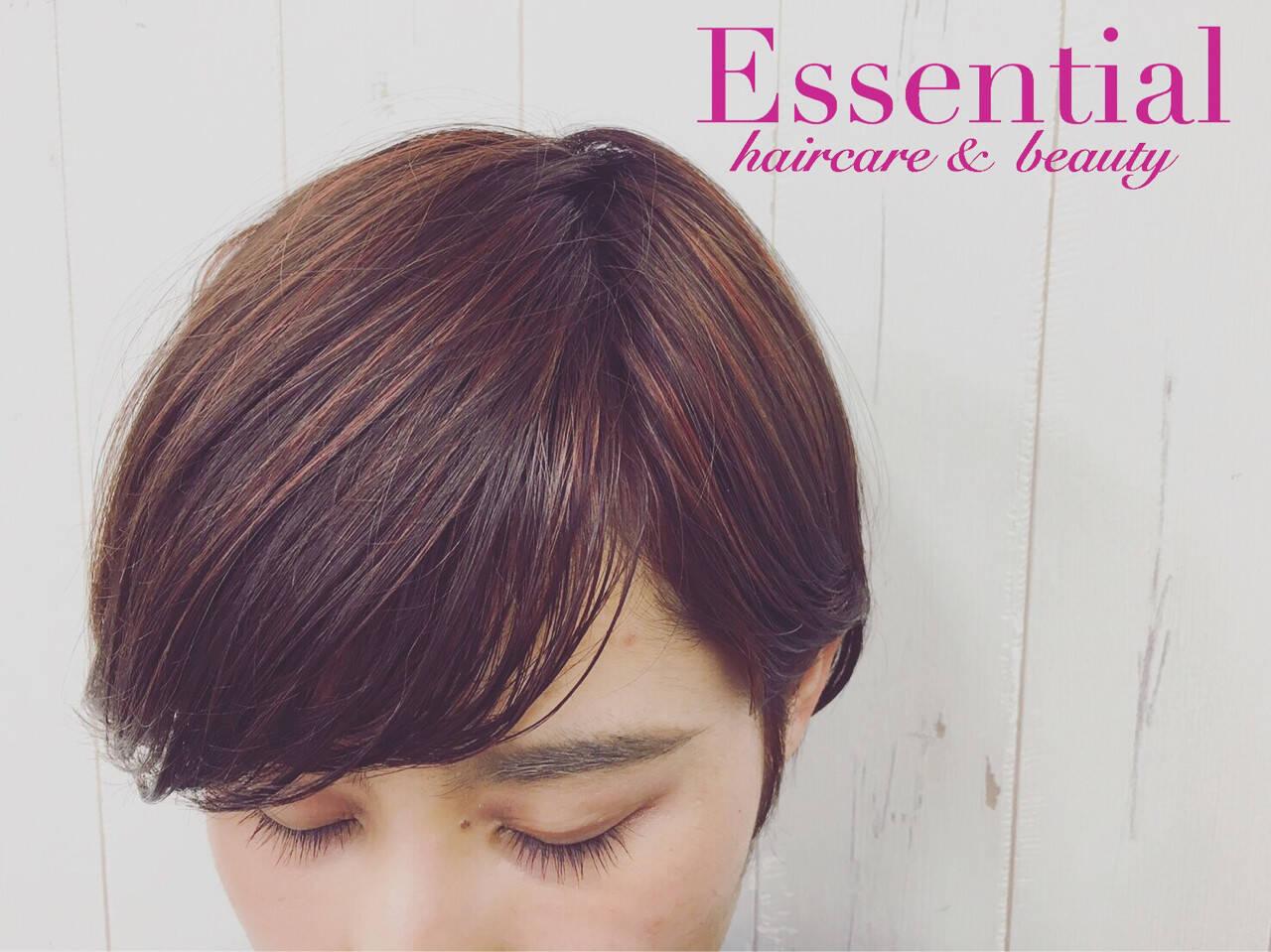ミルクティー 小顔 モード ハイライトヘアスタイルや髪型の写真・画像