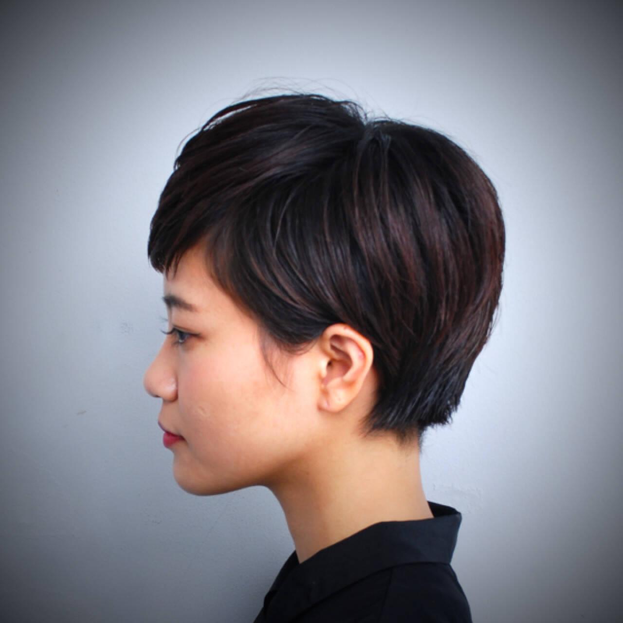 黒髪 ショート モード 暗髪ヘアスタイルや髪型の写真・画像