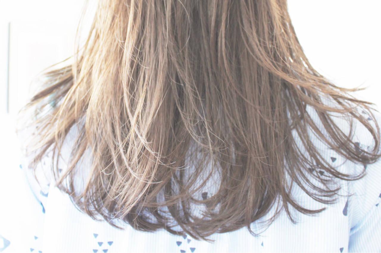 アッシュベージュ ミルクティーベージュ ベージュ ブラウンベージュヘアスタイルや髪型の写真・画像