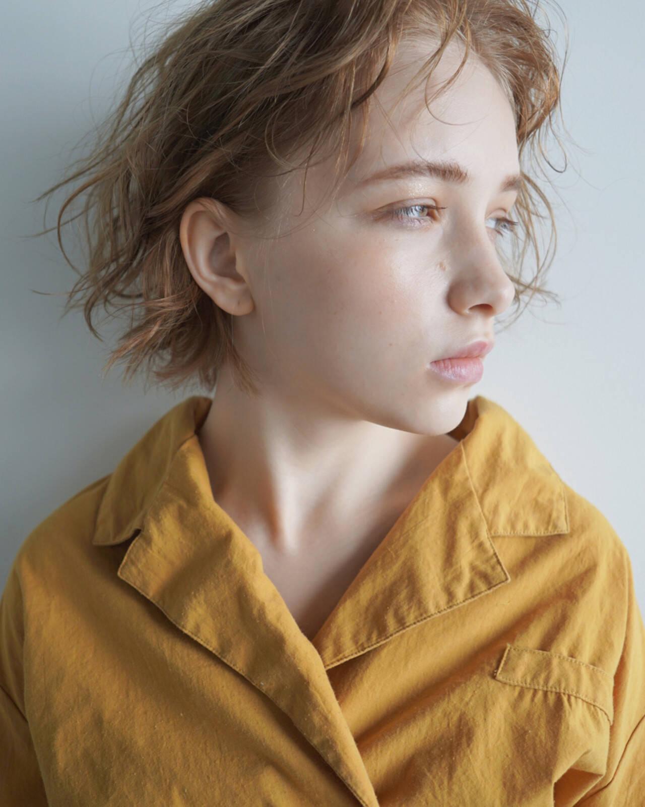 ショート アンニュイ パーマ くせ毛風ヘアスタイルや髪型の写真・画像