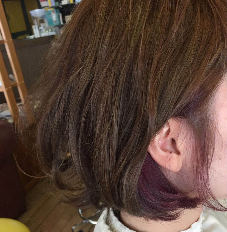 インナーカラー 大人かわいい ピンク アッシュヘアスタイルや髪型の写真・画像