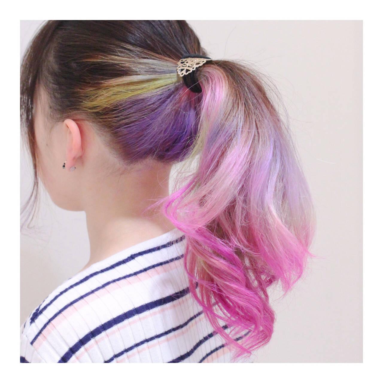 ロング ピンク ストリート パープルヘアスタイルや髪型の写真・画像