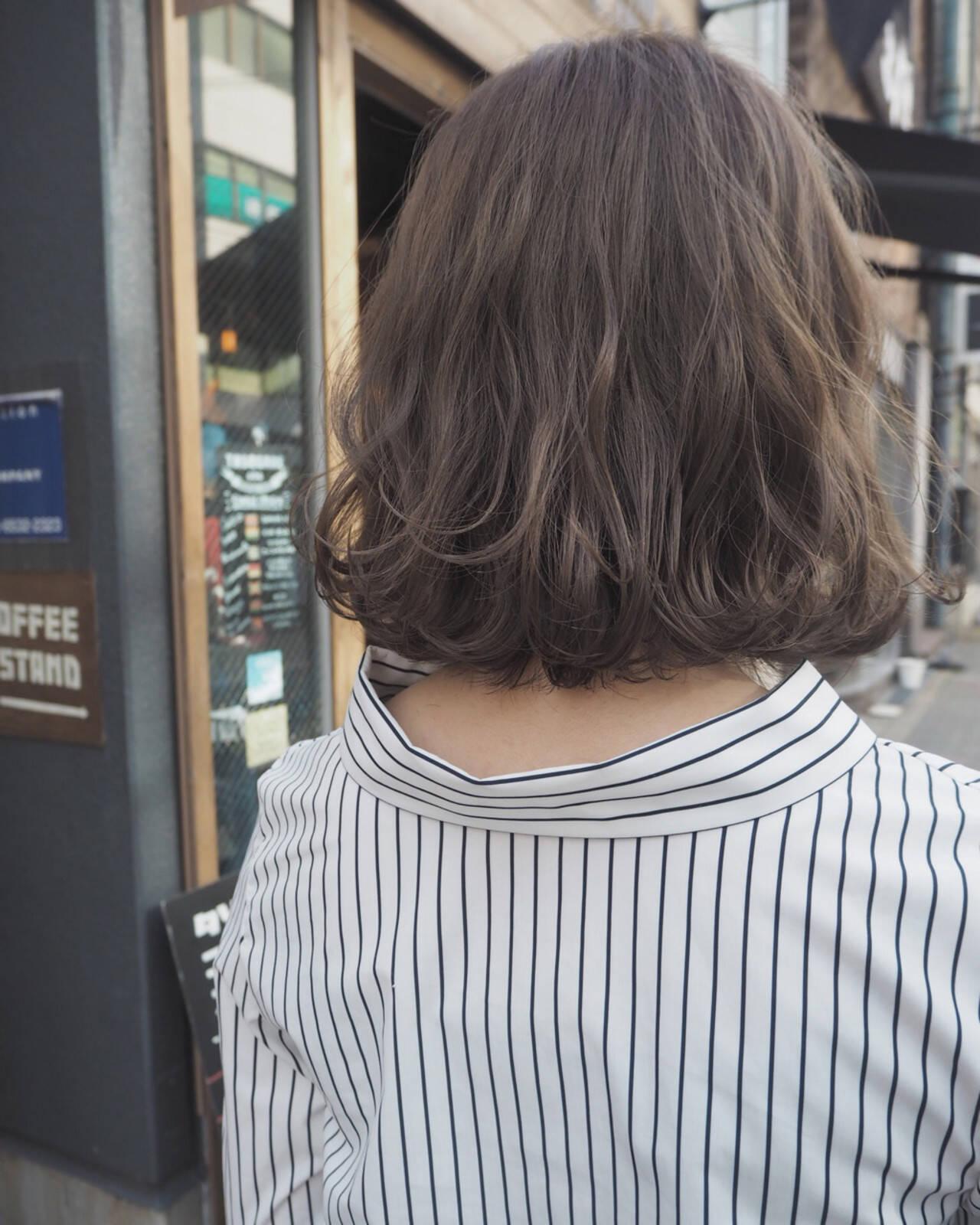 パーマ リラックス ボブ ストリートヘアスタイルや髪型の写真・画像