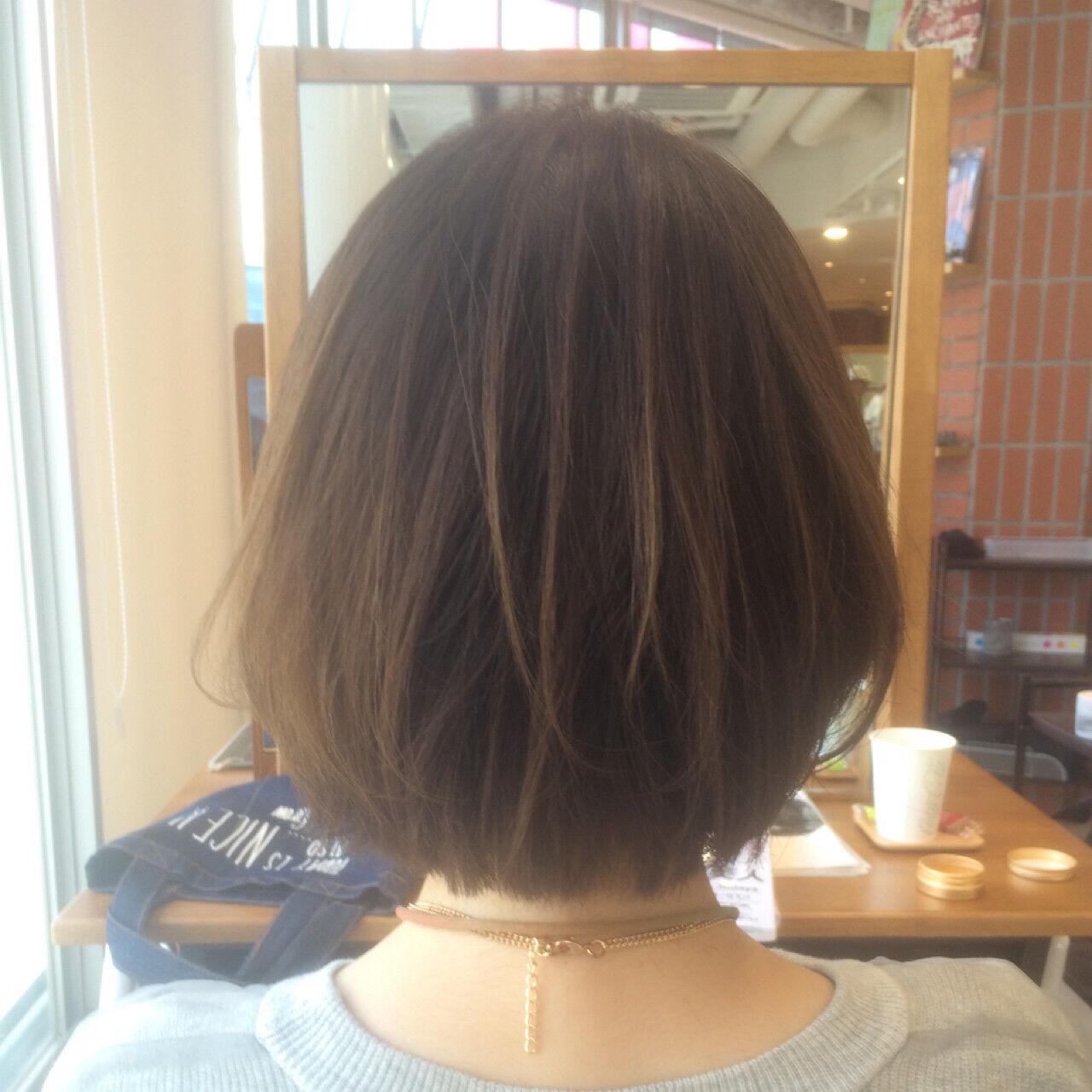 黒髪 ナチュラル アッシュベージュ ボブヘアスタイルや髪型の写真・画像