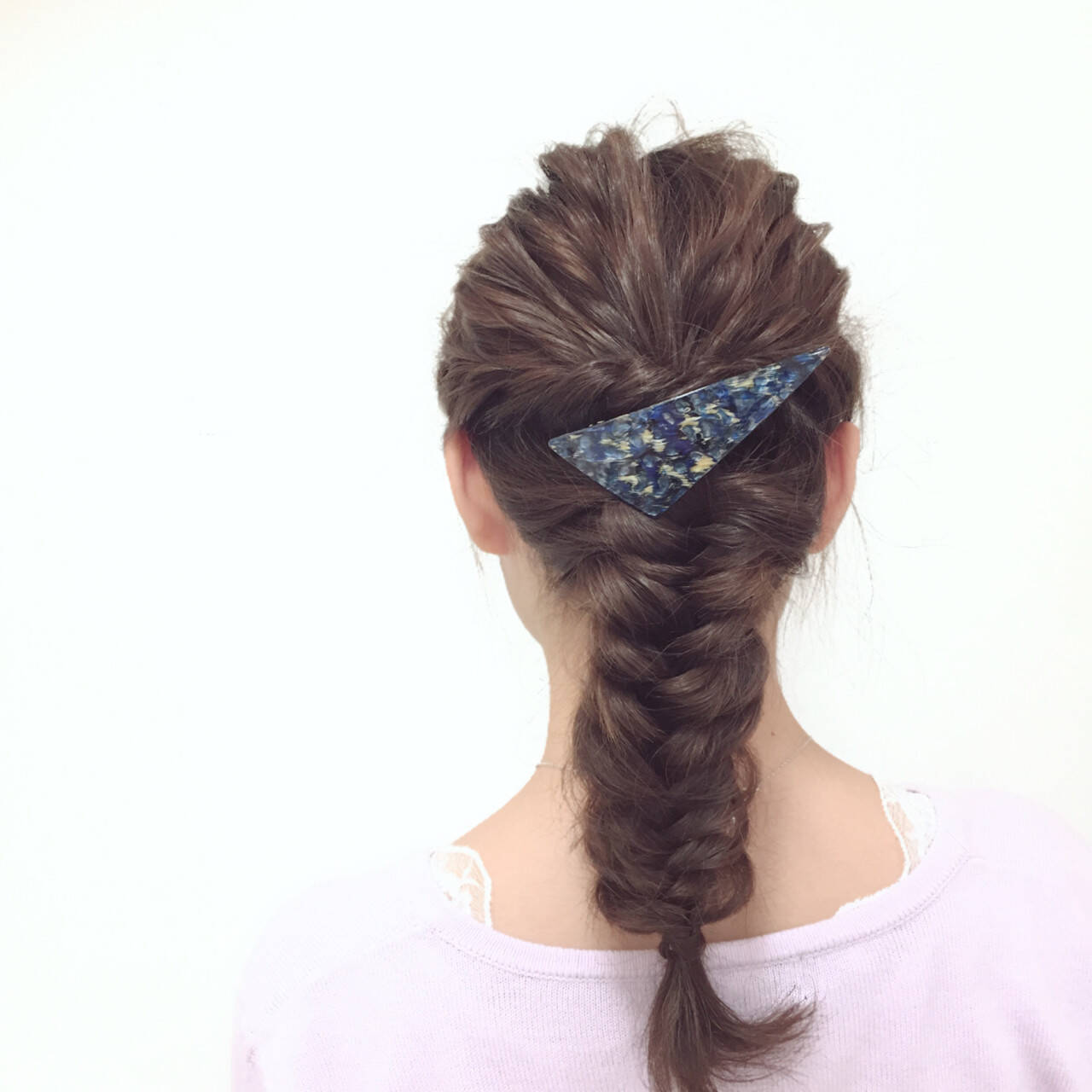 ミディアム ヘアアレンジ 編み込み フェミニンヘアスタイルや髪型の写真・画像