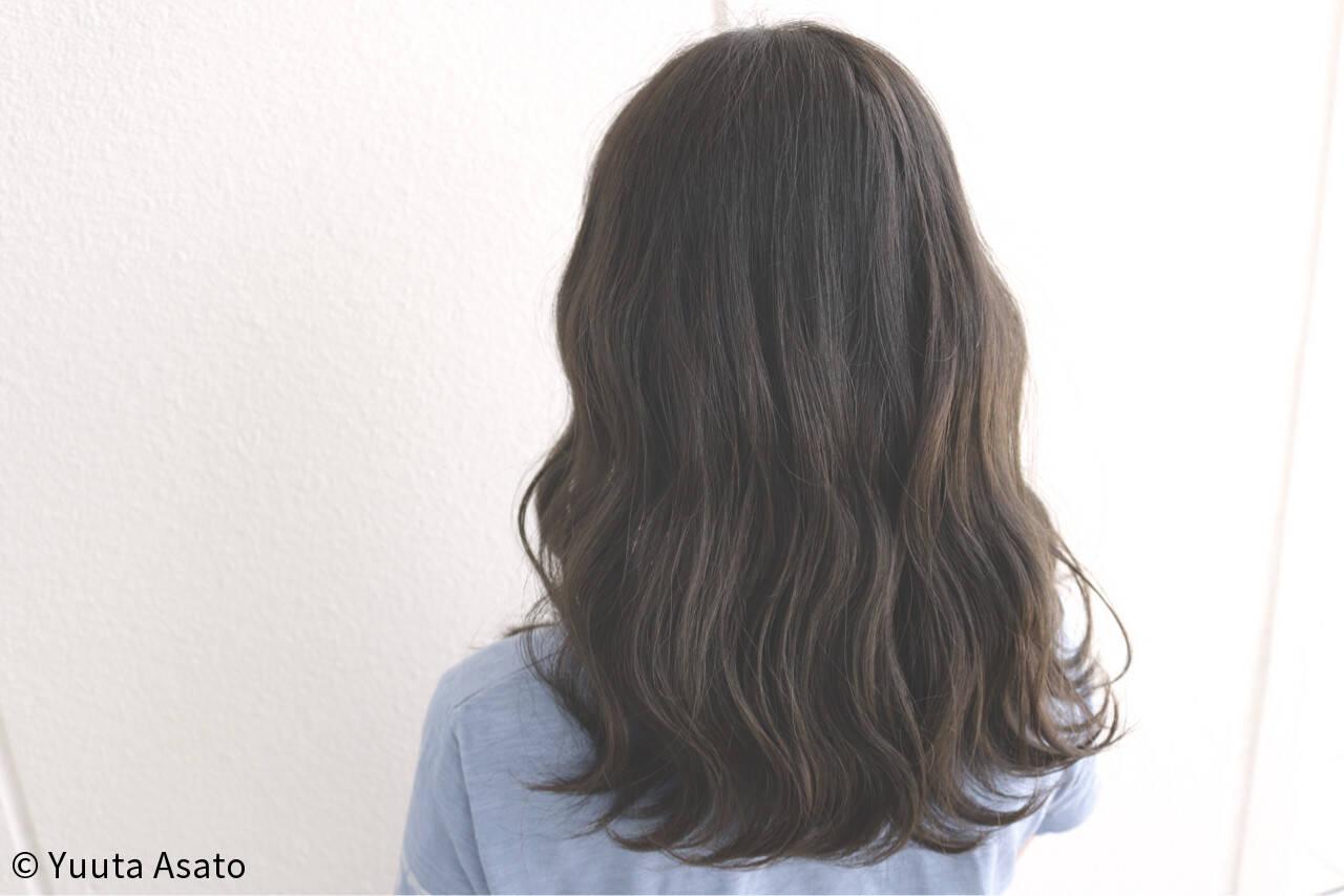アッシュブラウン エアリー ストリート 外国人風ヘアスタイルや髪型の写真・画像