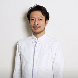 鈴木 芳雄