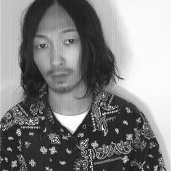 アオキ コウタ