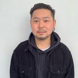 of hair 店長&director 岡田慎矢